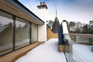 Penthouse in Edwardian villa conversion by Scottish architects